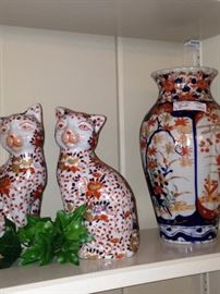 Imari colored cats and vase