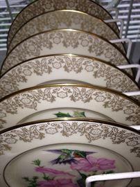 """""""The Lenox Garden Bird Plate Collection"""""""