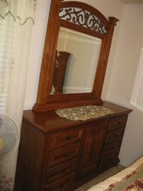 KING SIZE BEDROOM SET - DRESSER WITH MIRROR