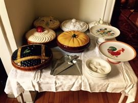 Pie Plate Collection.