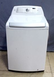 Kenmore Elite Top-Loading Automatic Washer, Model 796.31512211 / 31512, SN# 402PNMH1J395, Appears New