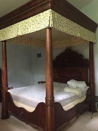 Huge Mahogany king size canopy bed