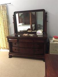 Mahogany dresser with adjustable mirror