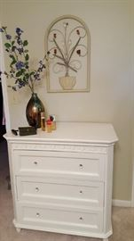 Simply Shabby Chic dresser