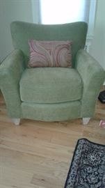 Green Accent Chair - like new!