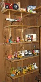 toys metal lift trucks