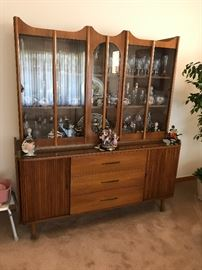 STUNNING DOUBLE WIDE MCM DISPLAY CABINET