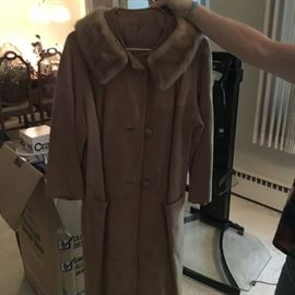 Vintage suede coat with fur collar