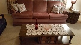 COFFEE TABLE AND GLASS DECOR HAS MATCHING END TABLES