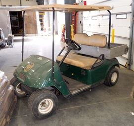 WE-Z-Go Textron Co Two Person Golf Cart Model G100, Serial #1285794