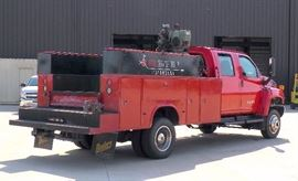 2006 Chevrolet C5500 Truck, VIN # 1GBE5E3296F425275, 97500 Miles, Air Compressor Mounted In Bed