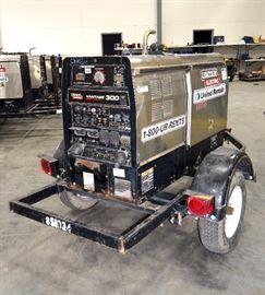 Lincoln Electric Vantage 300 Welder, Serial # U1101205806, 6008.8 Hrs, Kubota 22hp Engine