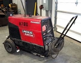 Lincoln Electric Ranger 305 LPG Engine Driven Welder, No Tanks, 1198.1 Hrs, With Leads And Kohler CH730S 25hp LPG OHV Engine