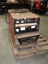 Lincoln Electric Ideal Arc DC-600 Constant Current DC Arc Welder, Serial #U1961207337 With Multi-Process Switch