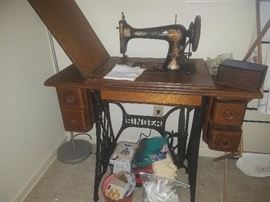 Antique Singer Sewing Machine, Antique Singer wooden attachment box, & more