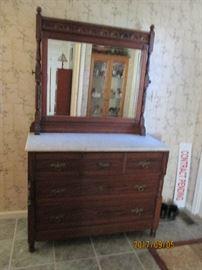 Antiques dresser
