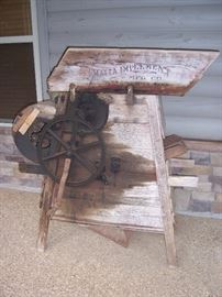 Antique Pea Sheller