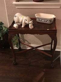 This cute little vintage table is still available.
