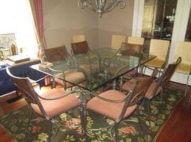 Beautiful glass topped kitchen table with 6 chairs