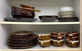 Hull dinnerware