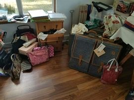 (3) pc Hartmann luggage, Coach, Cole Haan and high end leather purses with vintage purses