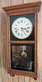 """Howard Miller """"Regulator"""" wall clock (needs repair)"""