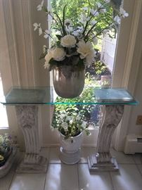Artificial Flowers, stands, vases, planters... Must see