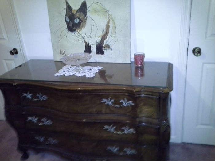 Walnut Solid Wood Dresser