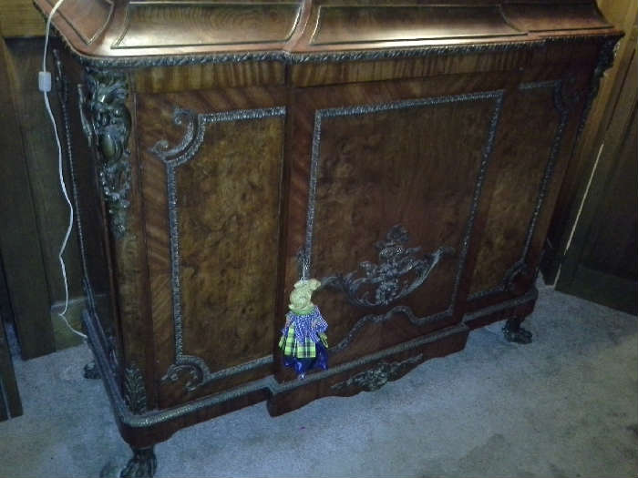 French Provincial Side Bar