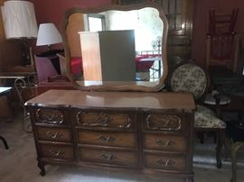9 Drawer Dresser vanity with Mirror