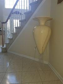 large ceramic vase acrylic stand