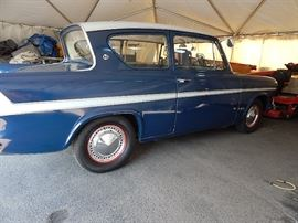1963 Ford Anglia Super right hand drive, 4 speed, nice car
