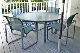 Brown Jordan Quantum patio dining set in original condition! 4 Chairs and table w/ glass