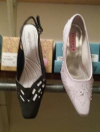 ladies shoes, mostly size 8-9