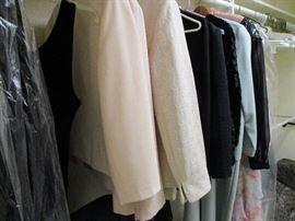 WOMENS DRESS CLOTHING