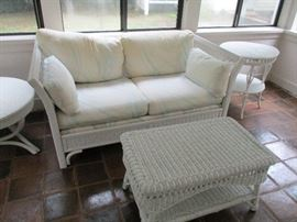 WICKER SUNROOM LOVESEAT AND TABLES