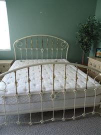 Older Sleep Number Sleep Comfort King Bed.