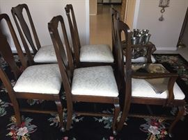 Mahogany dining chairs - 5 side, 1 arm with ivory seat cushions - excellent condition!