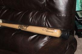Rafael Palmeiro signed bat