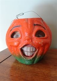 Wonderful vintage paper mache pumpkin head - in great condition!