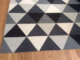 Contemporary 8x10 area rug