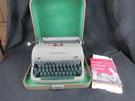 Remington Quiet-Riter Typewriter in Case
