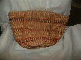 Woven hand bag