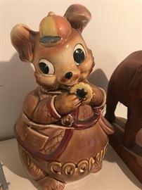 Super cute vintage cookie jar