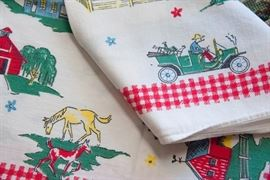 Country kitsch tablecloth