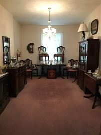 Lovely Duncan Phyfe Style Dining Room Set & Other Items