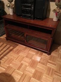 Nice Flat screen TV stand