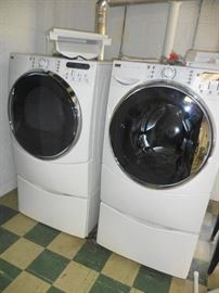 Like-new Kenmore Elite washer and dryer
