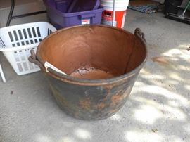 Copper cauldron - perfect for Halloween!