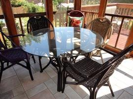 Rattan indoor/outdoor patio table & 4 chairs
